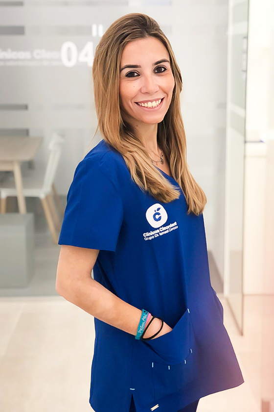 Dra Ángela Narbona