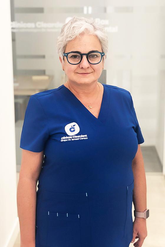 Dra María Reyes